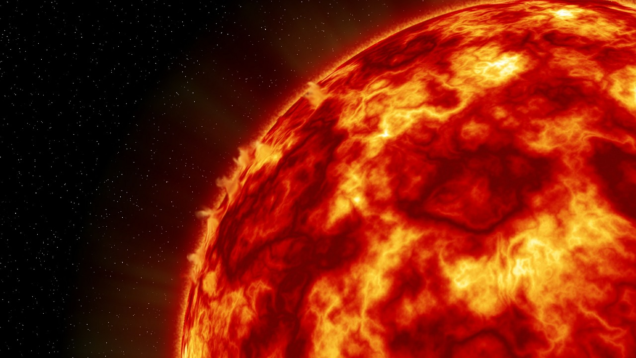 Alien 'Mothership' Seen Circling Around the Sun